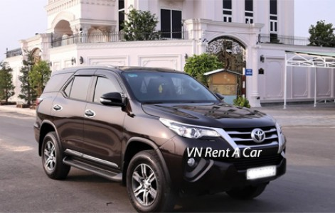 Car rental in Hue